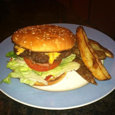 Cheeseburger and Potato Wedges